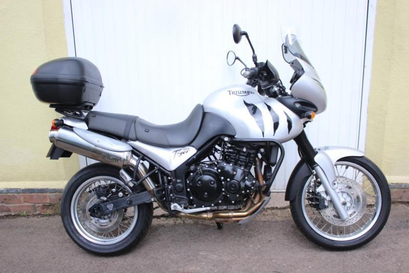 Triumph Tiger 955i - One of The Greatest Adventure Bikes, Ever Built..!