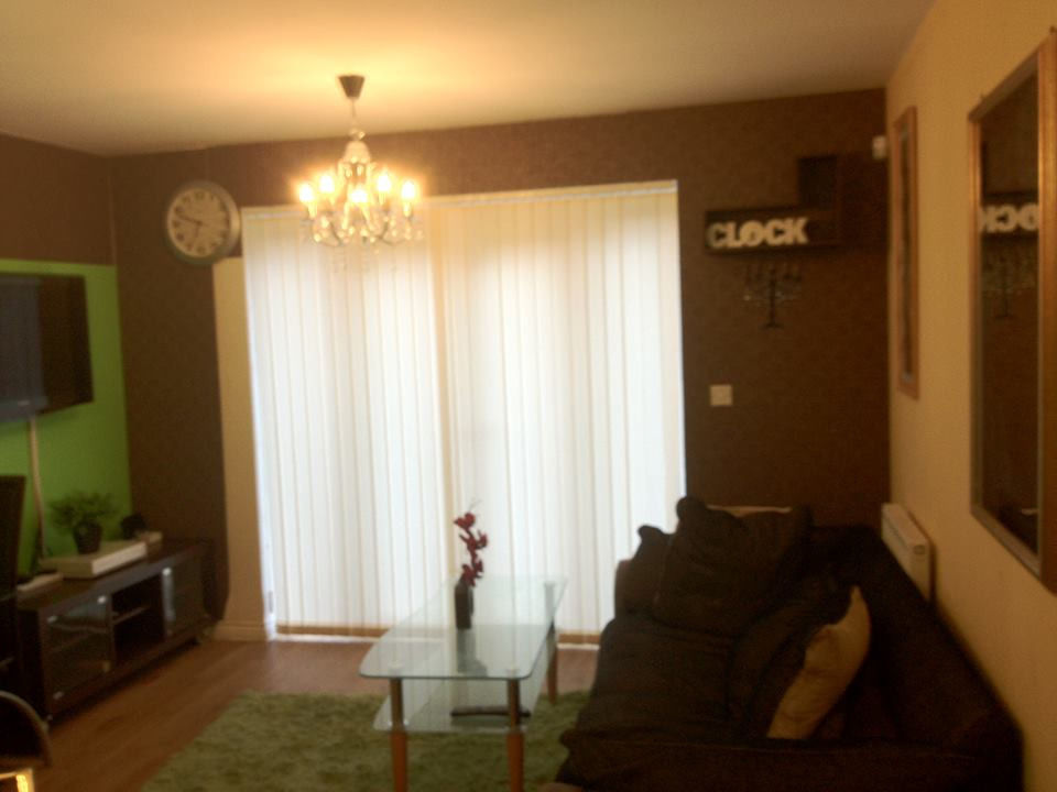 Modern city house share short or long term lets flexibe contract M88bq