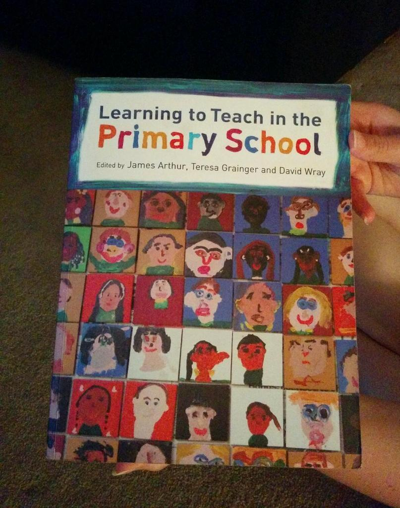 Book - learning to teach in the primary school