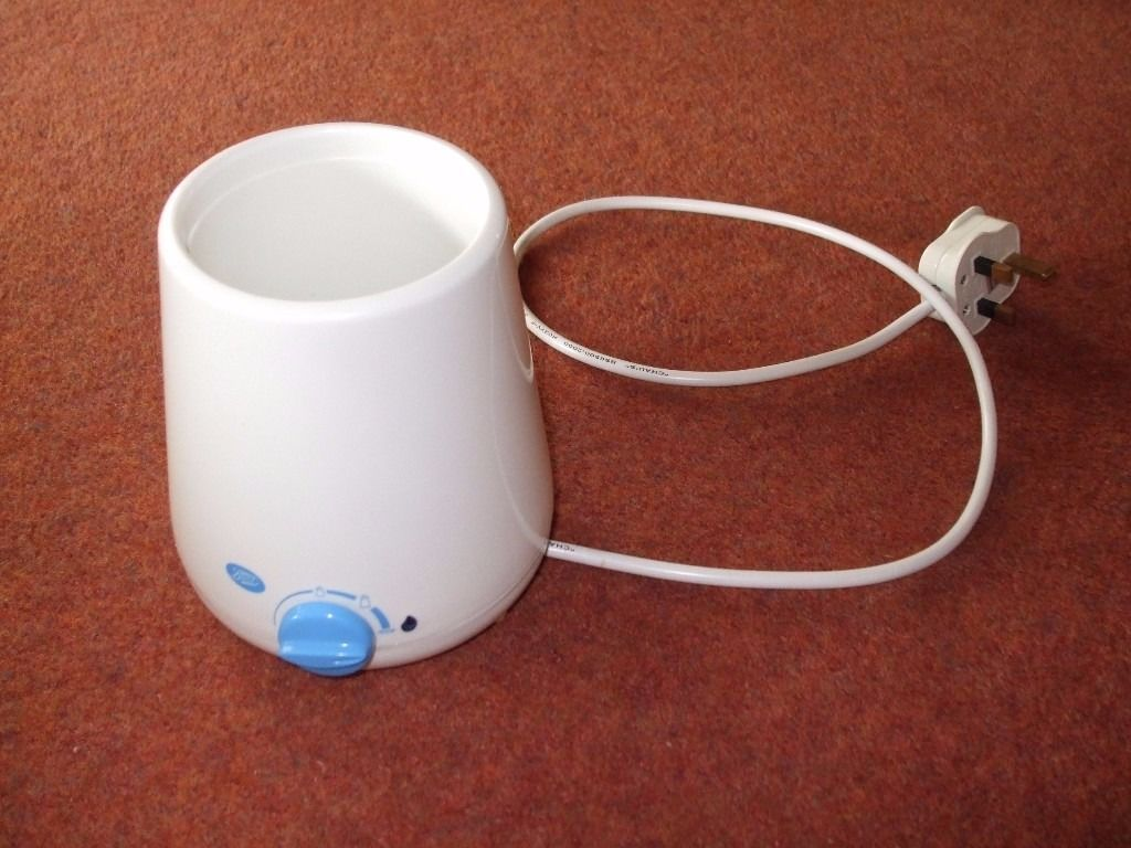 Boots bottle warmer in good condition with temperature setting dial.