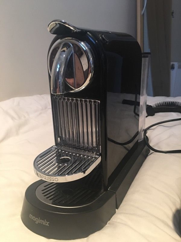 Nespresso Magimax Coffee Machine with Frother
