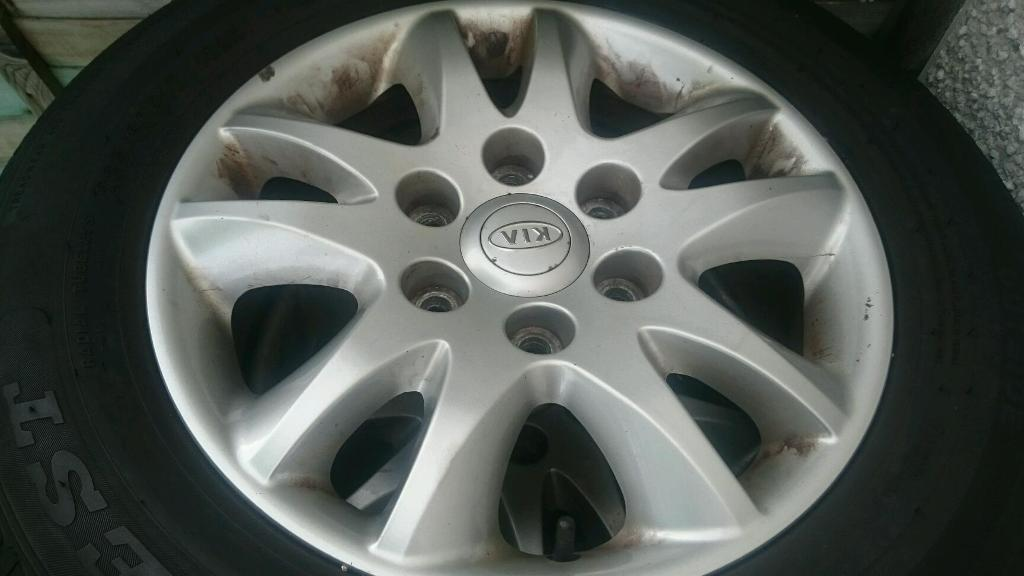Alloy wheels with almost brand new tyres.
