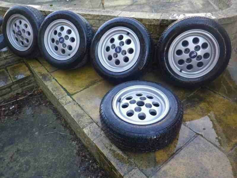vintage old ford fiesta escort alloys 80s