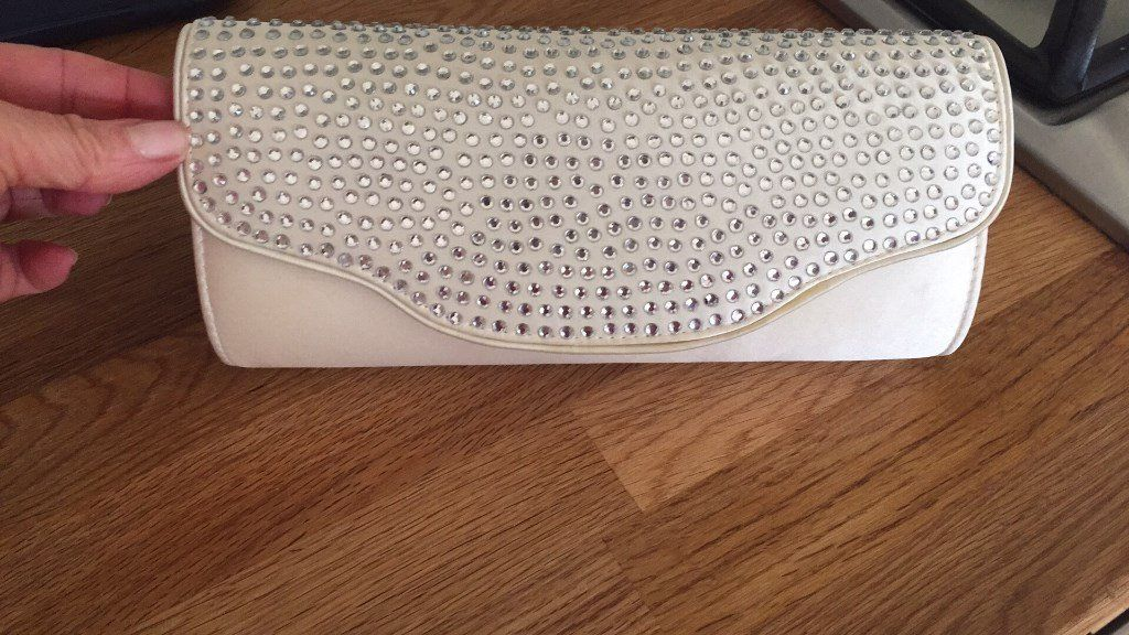 Cream and diamonte clutch bag (with strap)