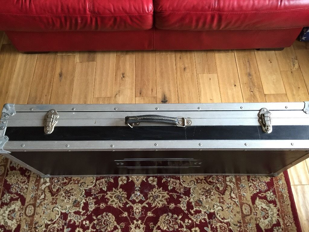 Flight case for pedal board etc