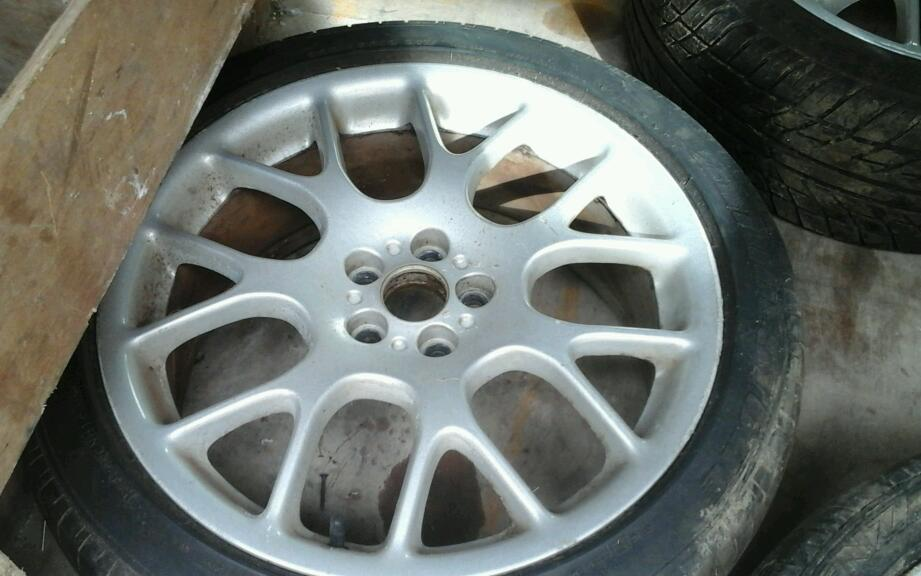 Set of rare alloy wheels for sale 5x100