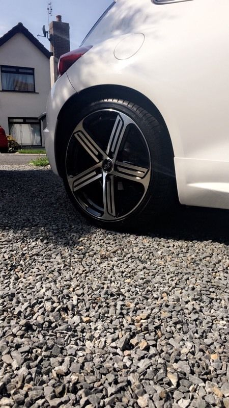 Golf /scirocco r 19 inch Cadiz alloys