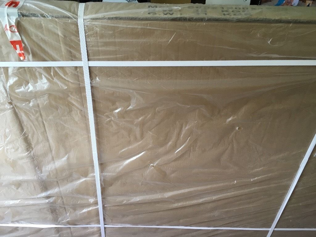 Shower Enclosure, brand new in box. 1200mm X 900mm.