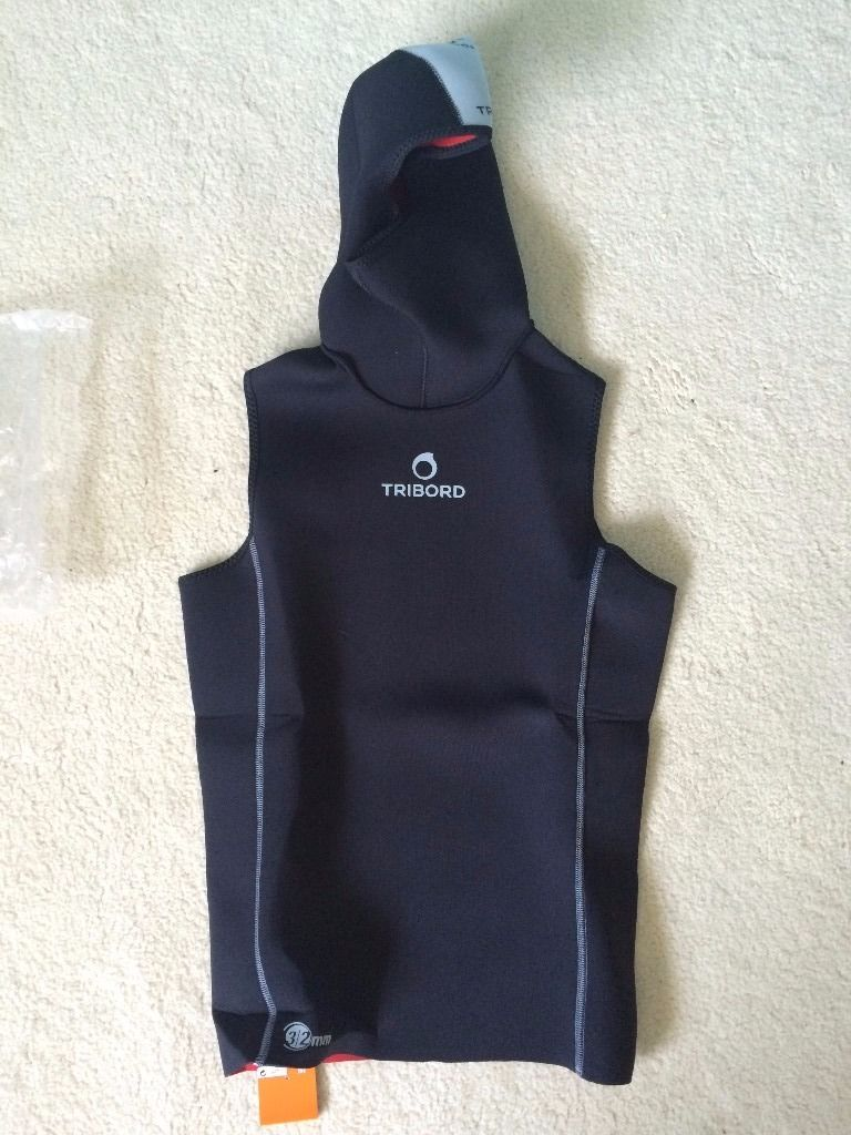Tribord 3/2mm wetsuit hooded vest - Brand new with tags