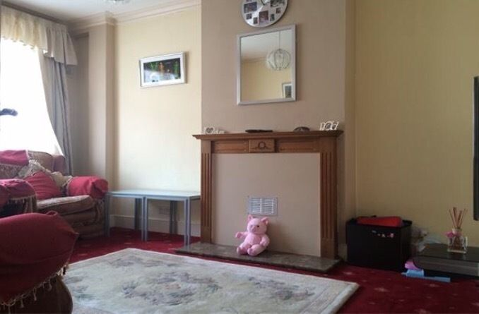 2 bedroom house in Croydon need 3/4 bedroom house in Croydon