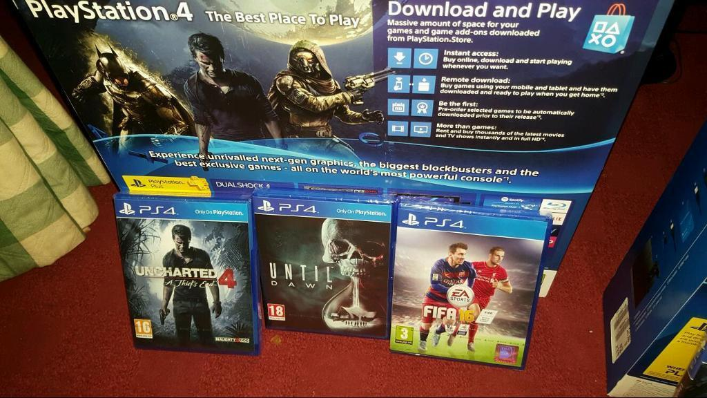 BRAND NEW 1TB PS4 WITH 3 NEW TOP GAMES CUH-1216B