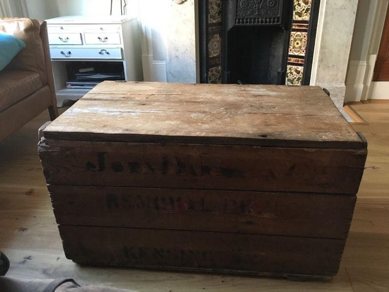 Vintage chest / coffee table