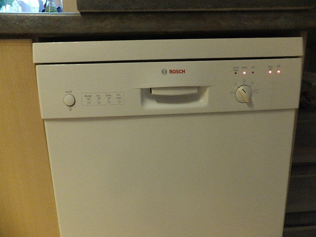Dishwasher Bosch White front facing