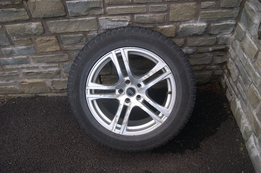"4 x 18"" Audi Q5 Alloy wheels and winter tyres"