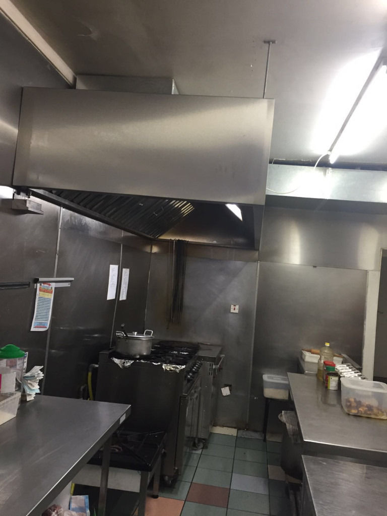 TAKE AWAY AND CATERING EQUIPMENT FOR SALE **OPEN TO OFFERS**