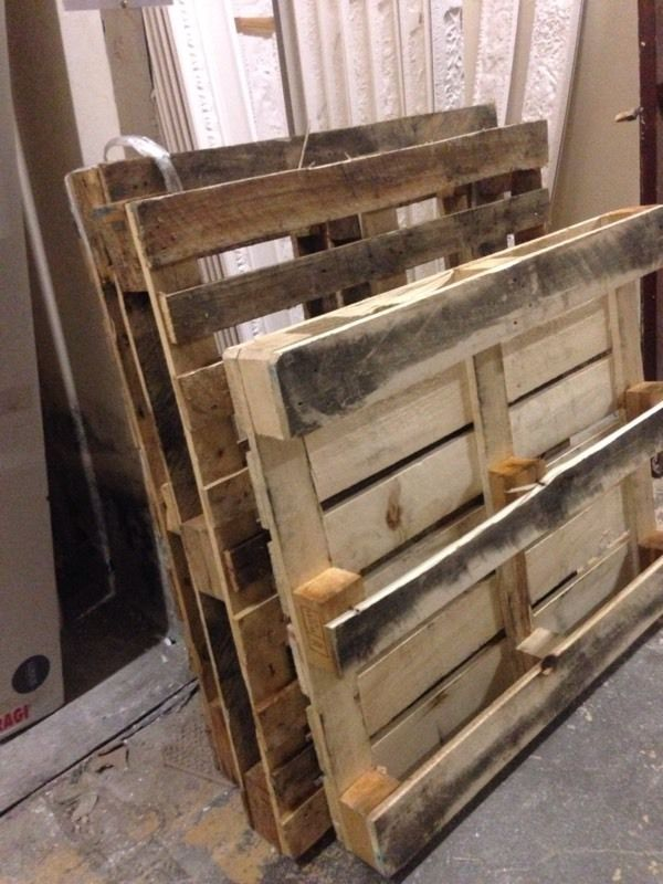 Large wooden pallets - FREE