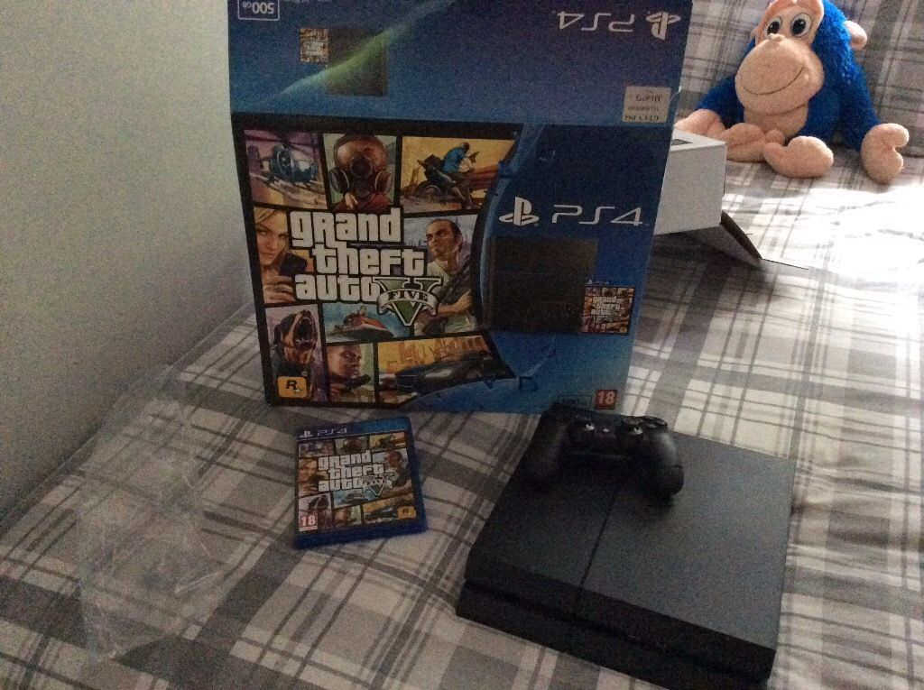 PS4 with GTA