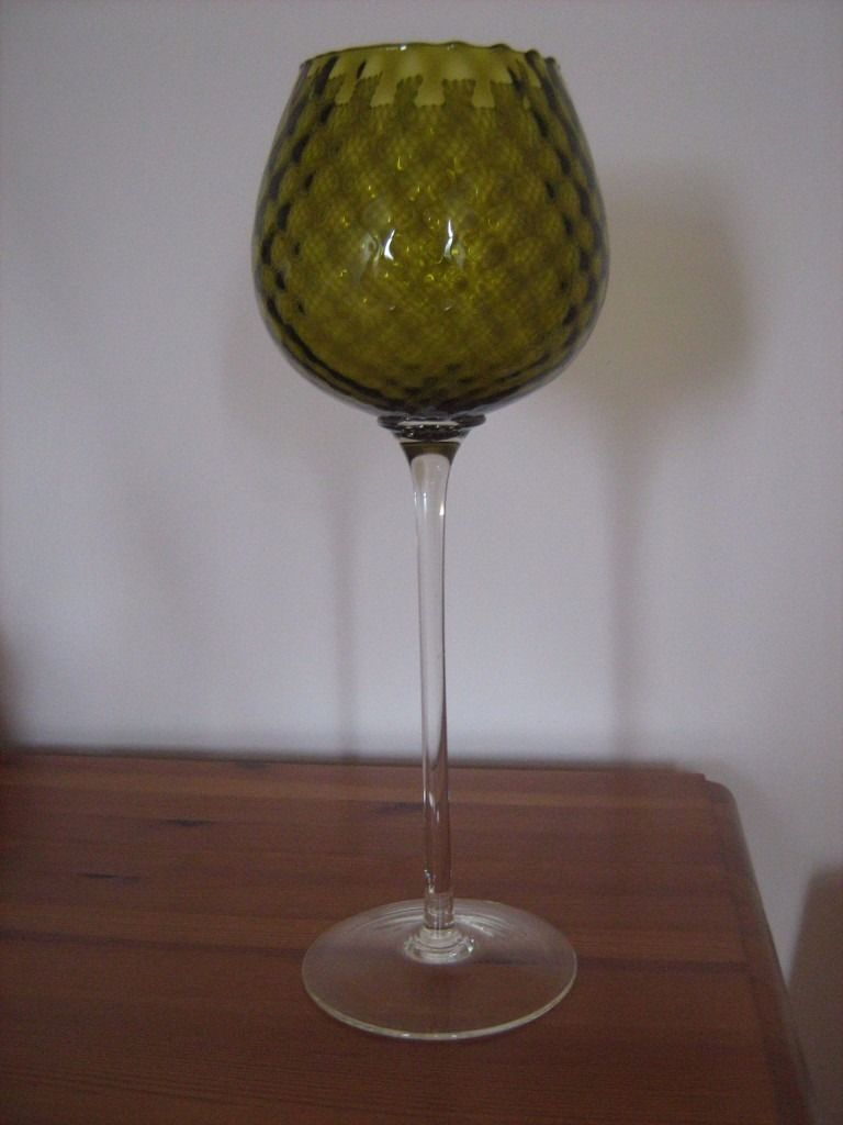 Stunning Delicate Italian Glass Vase Ornament (+65 years old - possibly Empoli)