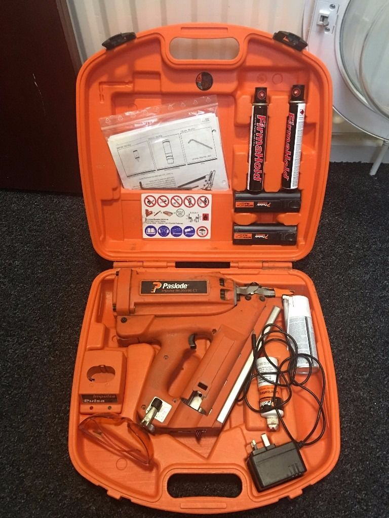 Paslode IM350 nail gun complete in box c/w batteries and charger