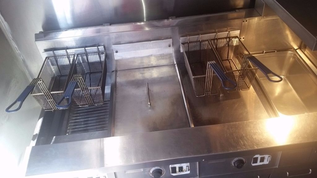 Frymaster commercial gas fryer URGENT SALE !!!!