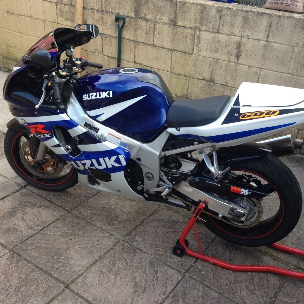 Gsxr 600 k3 needs attention