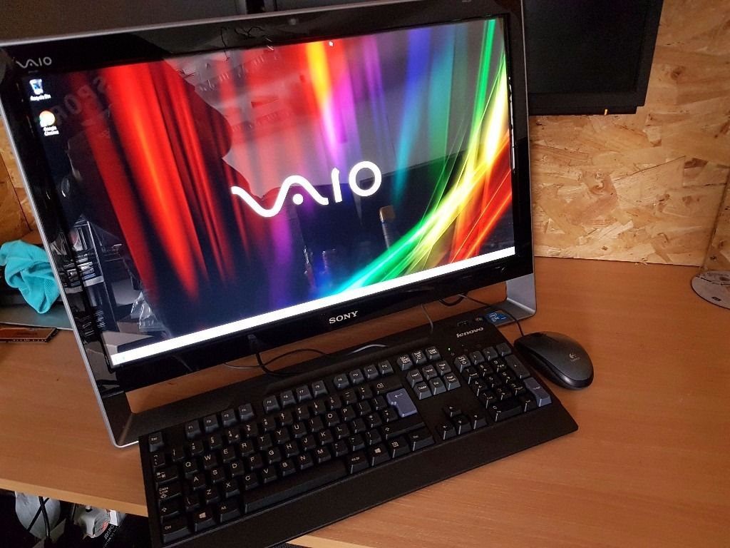 24 Inch Full HD Touchscreen All in on pc Hi res 1920 x 1080 Display