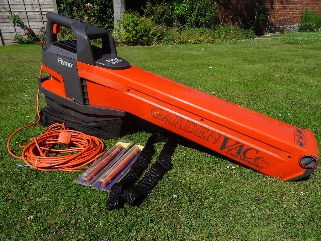 Flymo MEV750 Gardenvac Leaf Shredder with Blower Mode & Large Collection Bag in good condition.