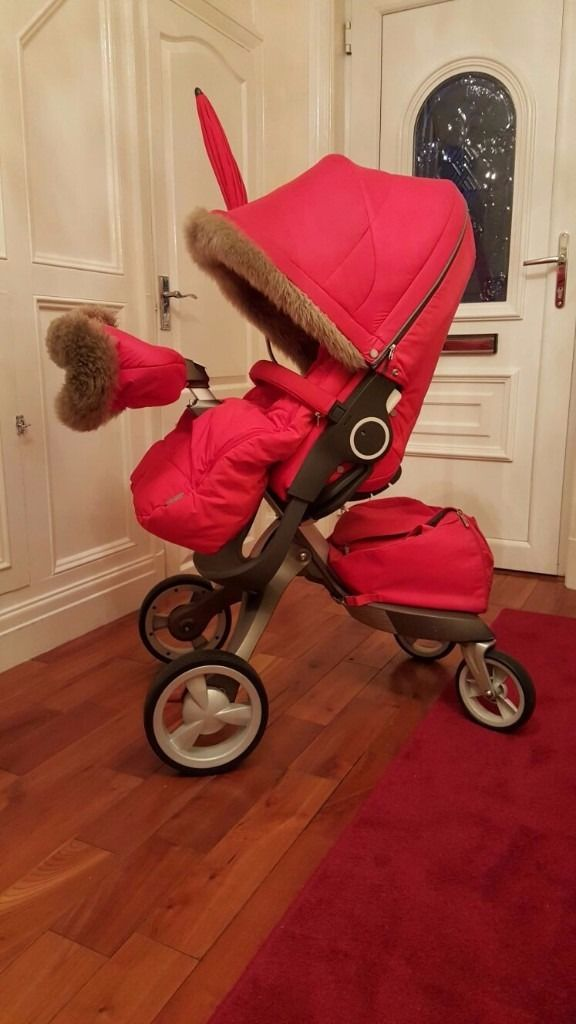 Stokke pushchair & accessories immaculate condition