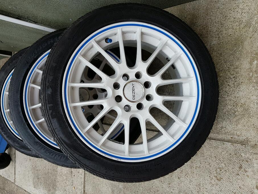 15' Dezent motion multifit alloys and tyres