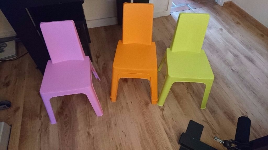 X4 Kids Out Door Chairs
