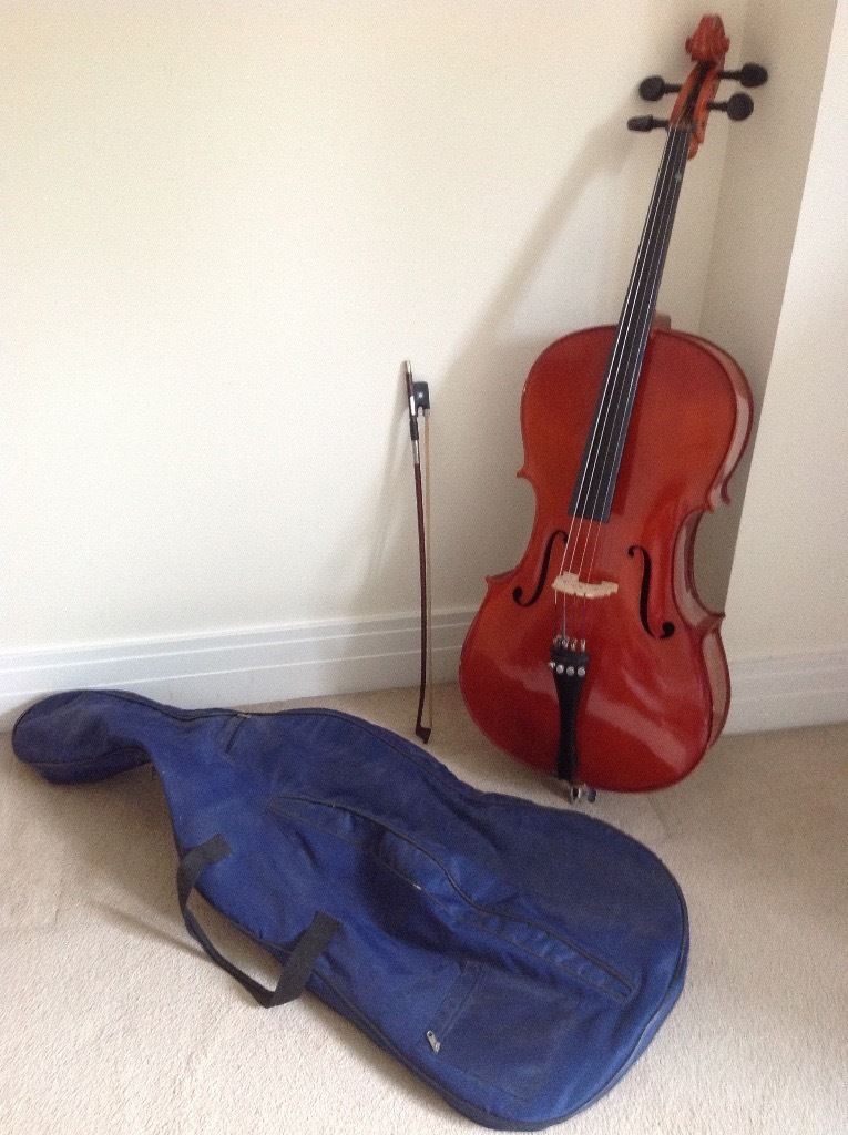 Half size cello...... Minimal use !!