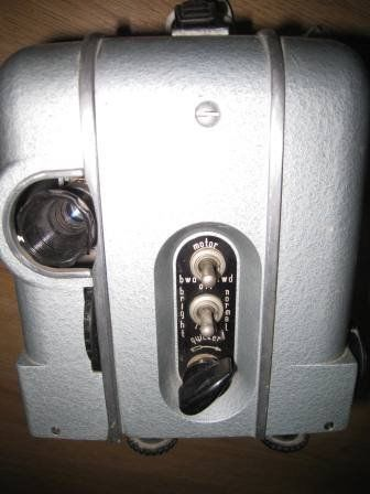 OMO LUCH 2 USSR 8MM CINE FILM PROJECTOR +SCREEN IN GOOD & CLEAN WORKING ORDER-40 POUNDS
