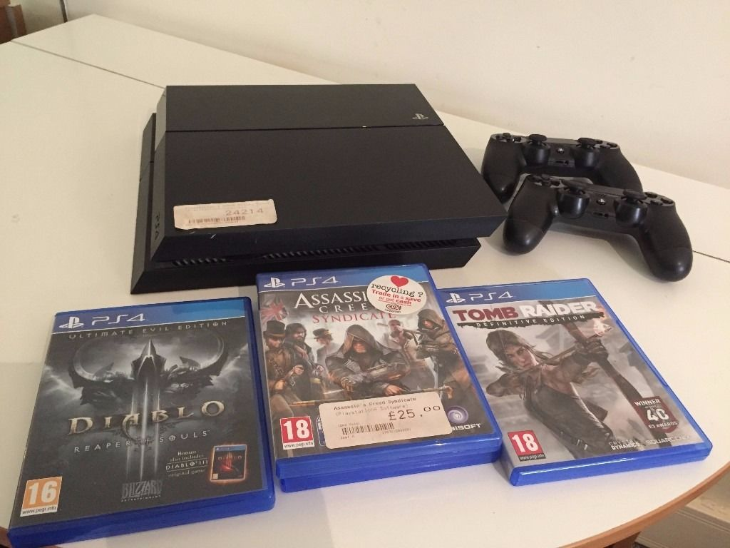 Used PS4 500g from CEX with new TWO controllers and games!