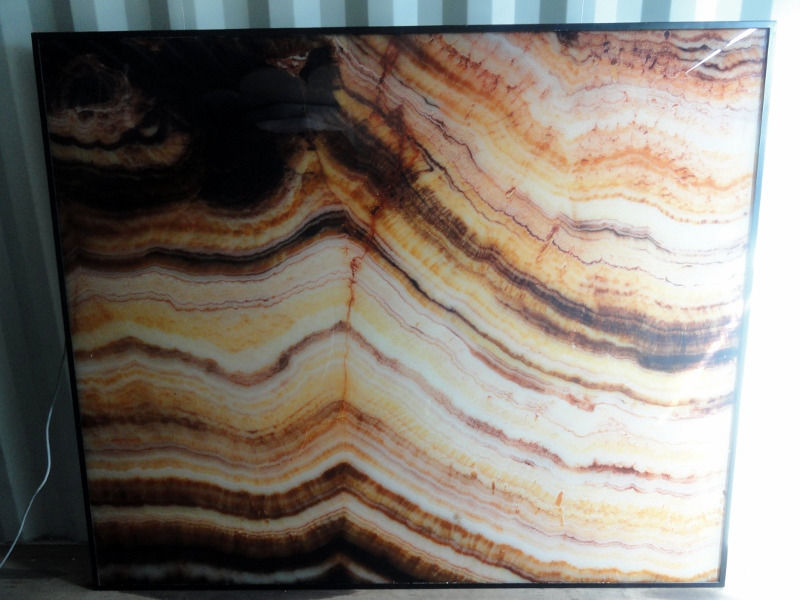 Large Spanlite backlit Feature Wall Panel Light containing Tanzanian Onyx Similux