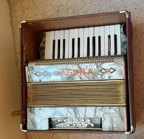 Accordian for repair or spairs