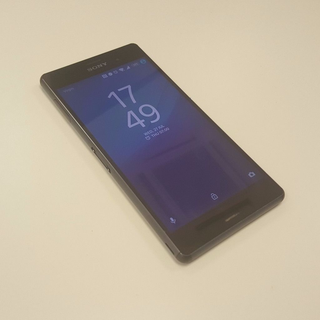 Sony Xperia Z3 in excellent condition