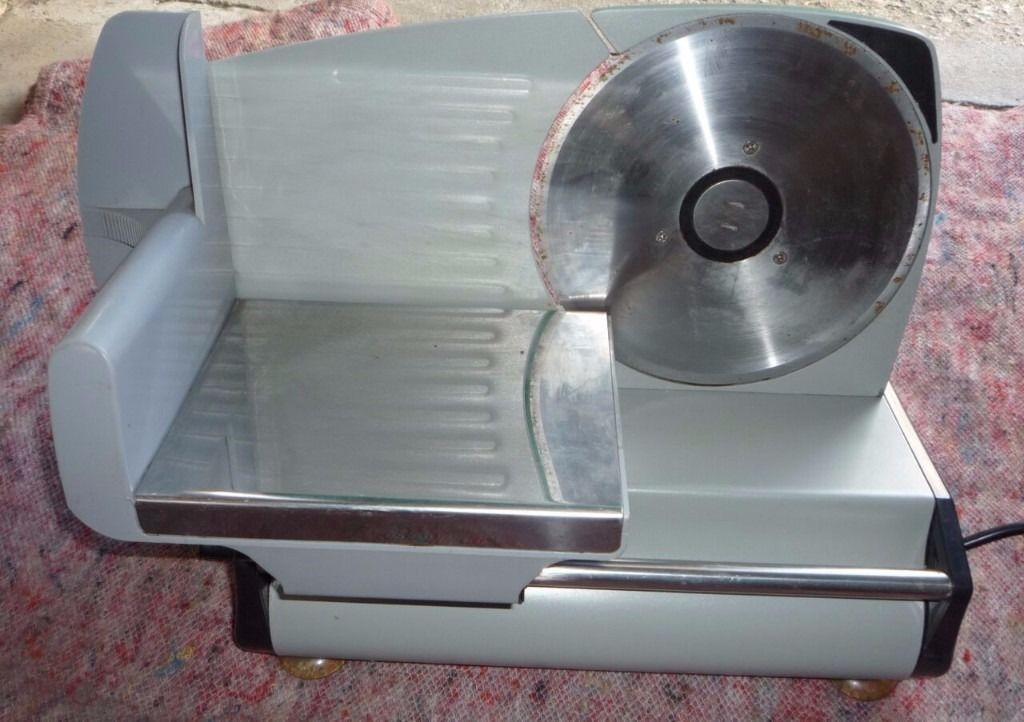 Give away priced Electric meat slicer
