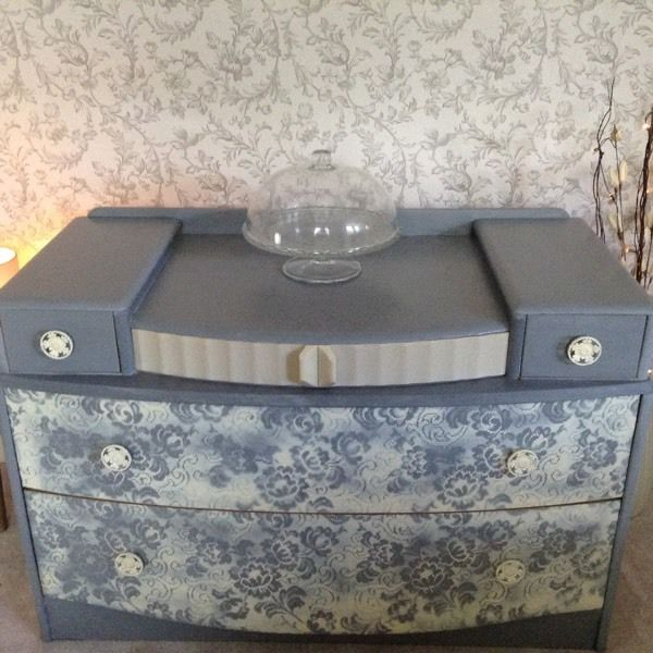 Grey /cream dressing table chest of drawers