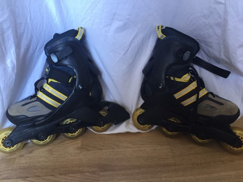 Size adjustable Rollerblades UK size 3.5-6.5