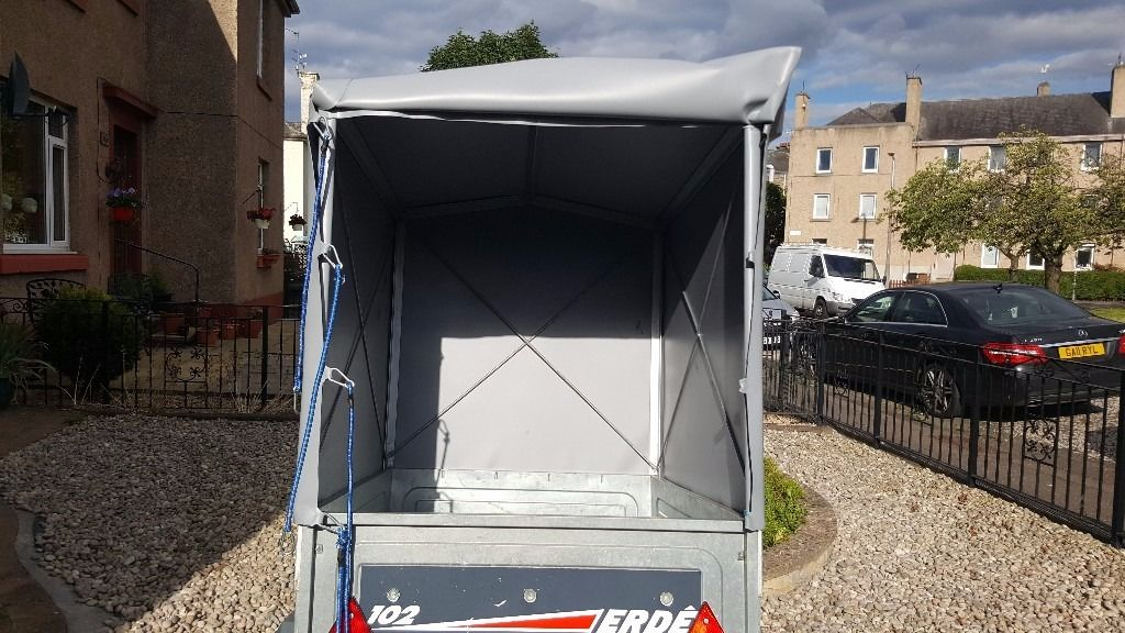 car trailer with full pvc cover