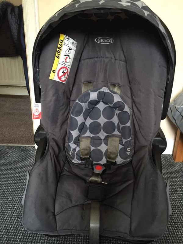Graco isofix base and car seat