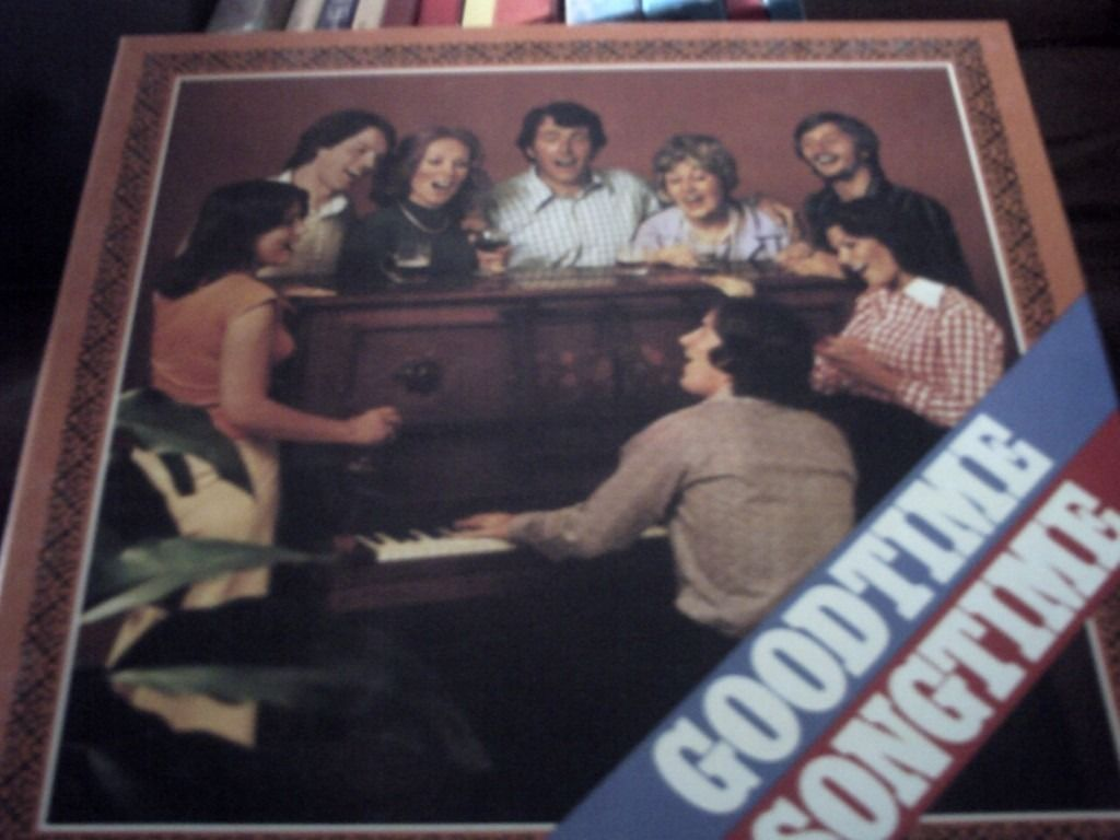Boxed set of vinyl..Good Time Songtime...The Fireside Singers.. record set....Readers Digest.