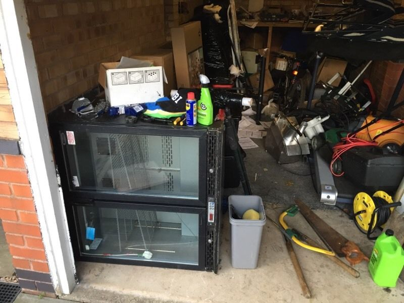 Free bottle cooler needs compressor