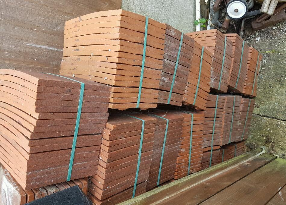 Roofing tiles and batton various sizes all new