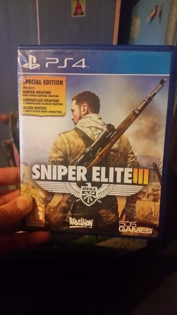 sniper elite on ps4 /clean like new /For sale or swaps