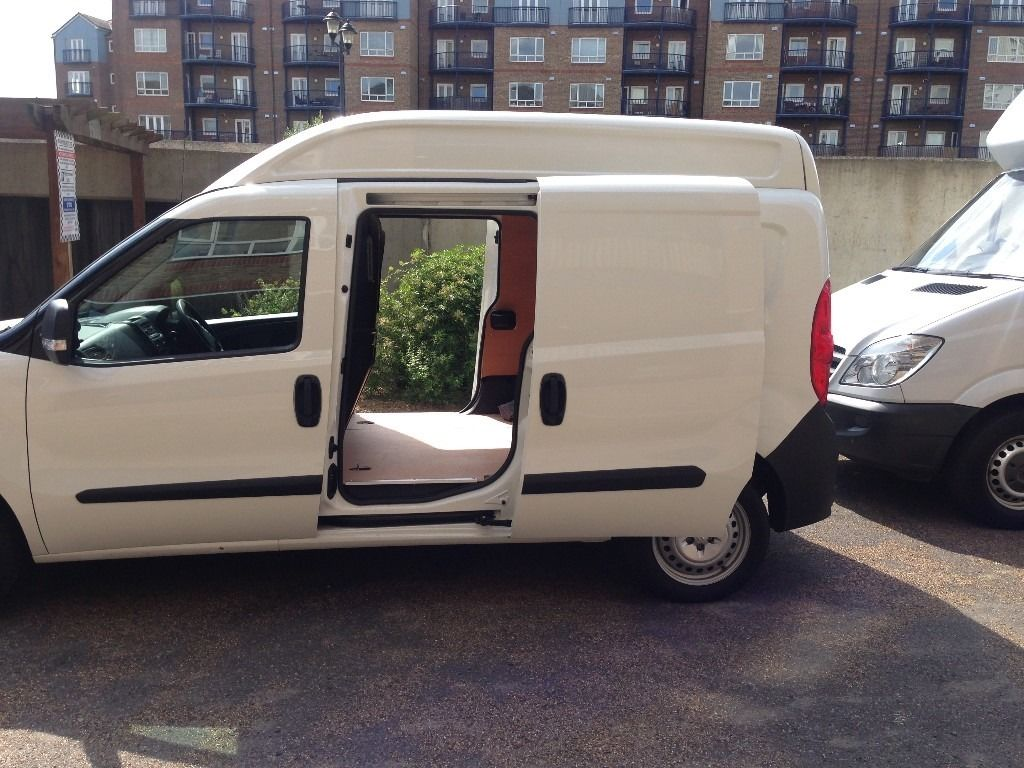 RELIABLE KENT MAN & VAN, REMOVAL SERVICES FROM 25/hr-small van.WE HAVE LUTON VAN WITH TAIL LIFT TOO.