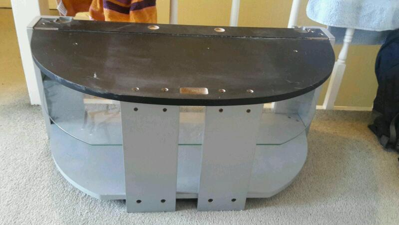 TV stand *** FREE ***