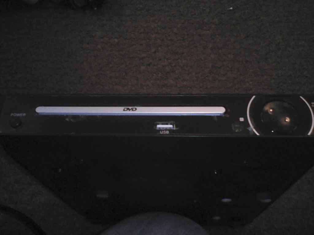 DVD player with front USB and remote