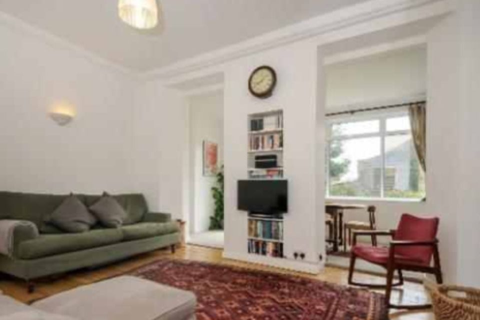FANTASTIC DOUBLE ROOM IN GREAT LOCATION, PRIVATE GARDEN, NEW FURNITURE