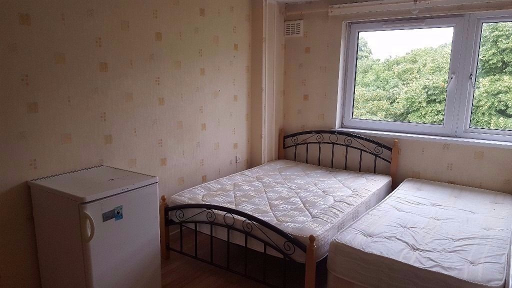 2 x DOUBLE ROOMS IN CANARY WHARF